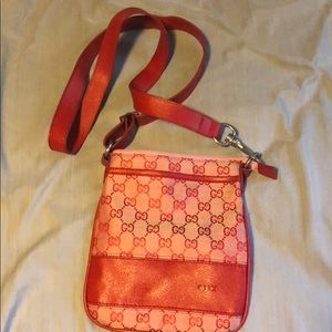 Gucci cross body bag!!
